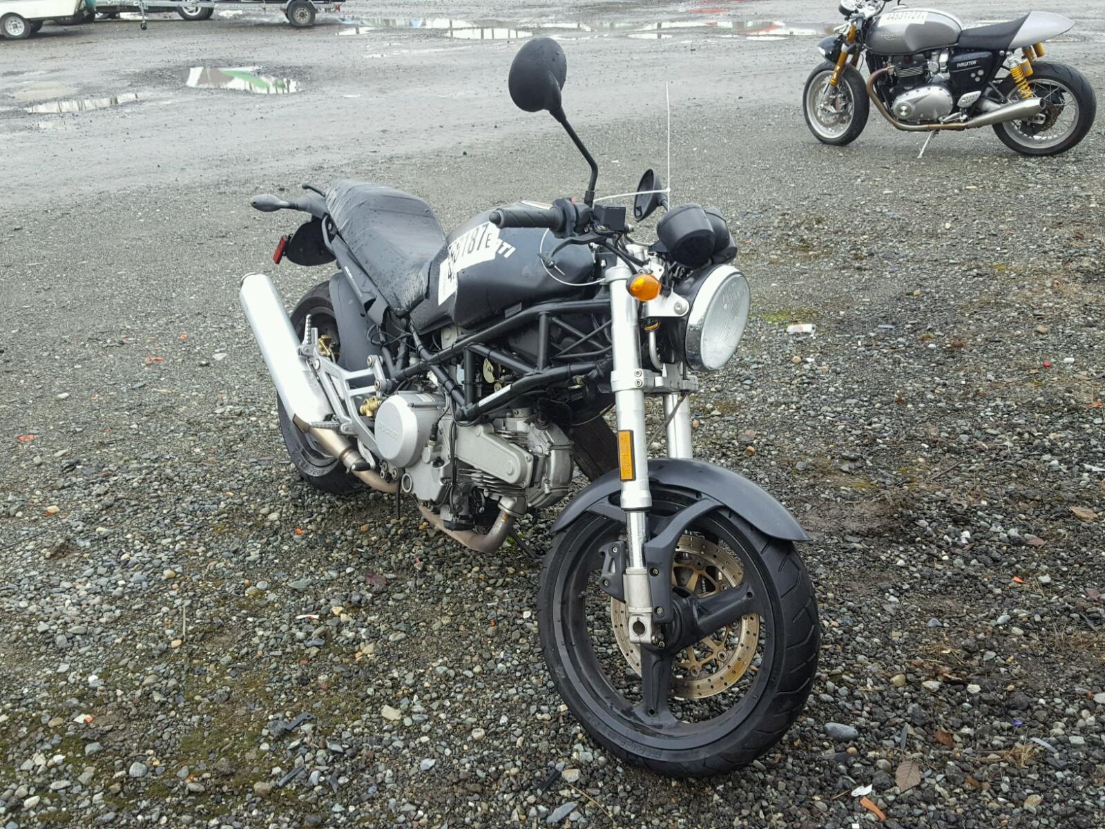 2002 DUCATI M600 2