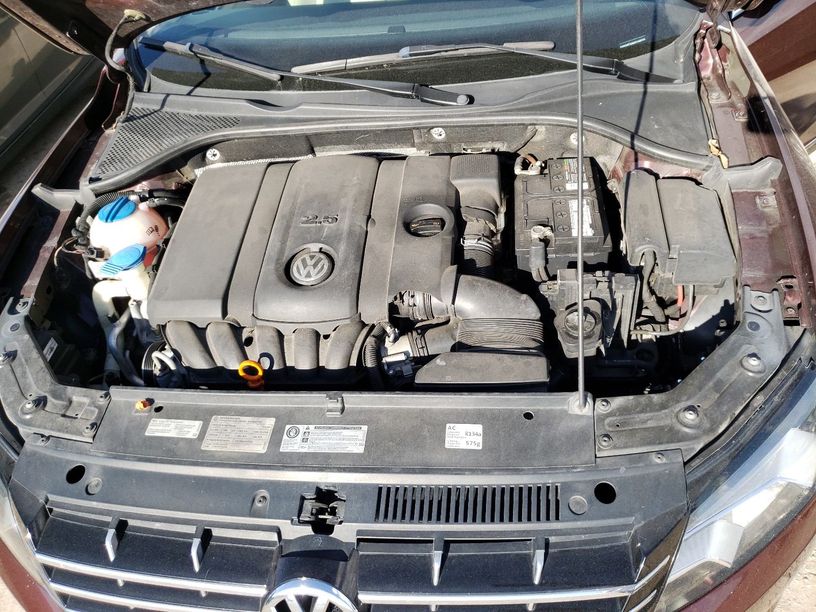 2012 Volkswagen Passat SEL