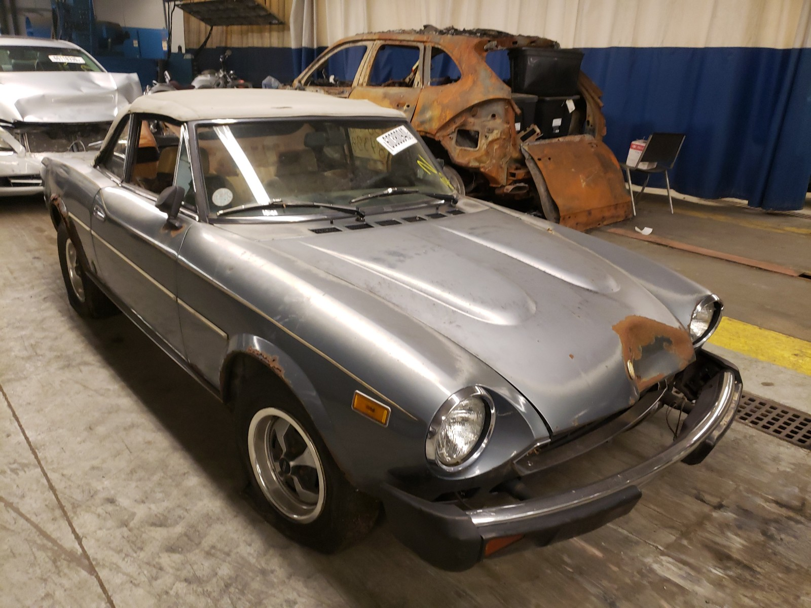1974 Fiat 124 Spider For Sale At Copart Wheeling Il Lot 60380940 Salvagereseller Com