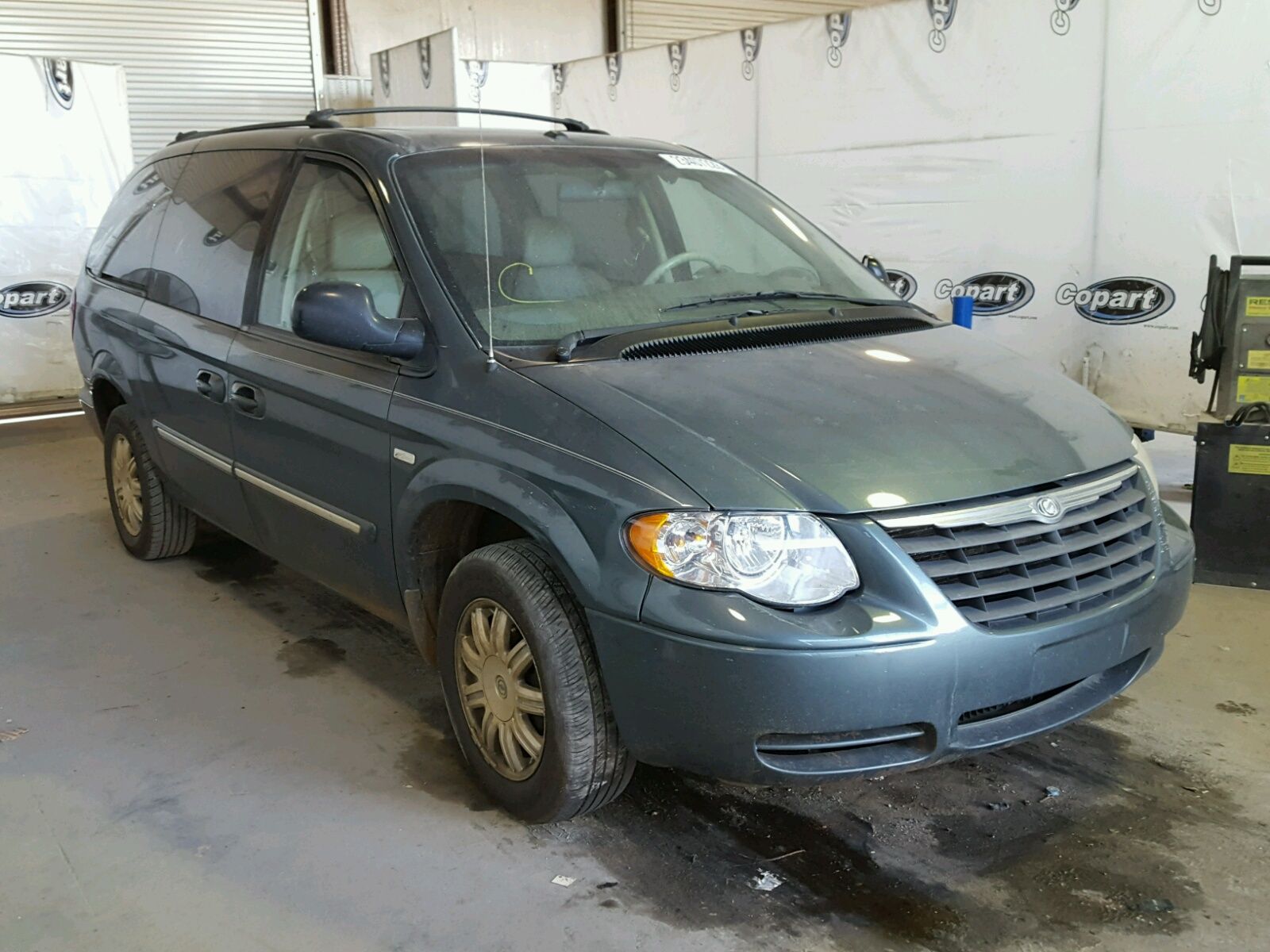 2007 CHRYSLER TOWN & COU 3.8L