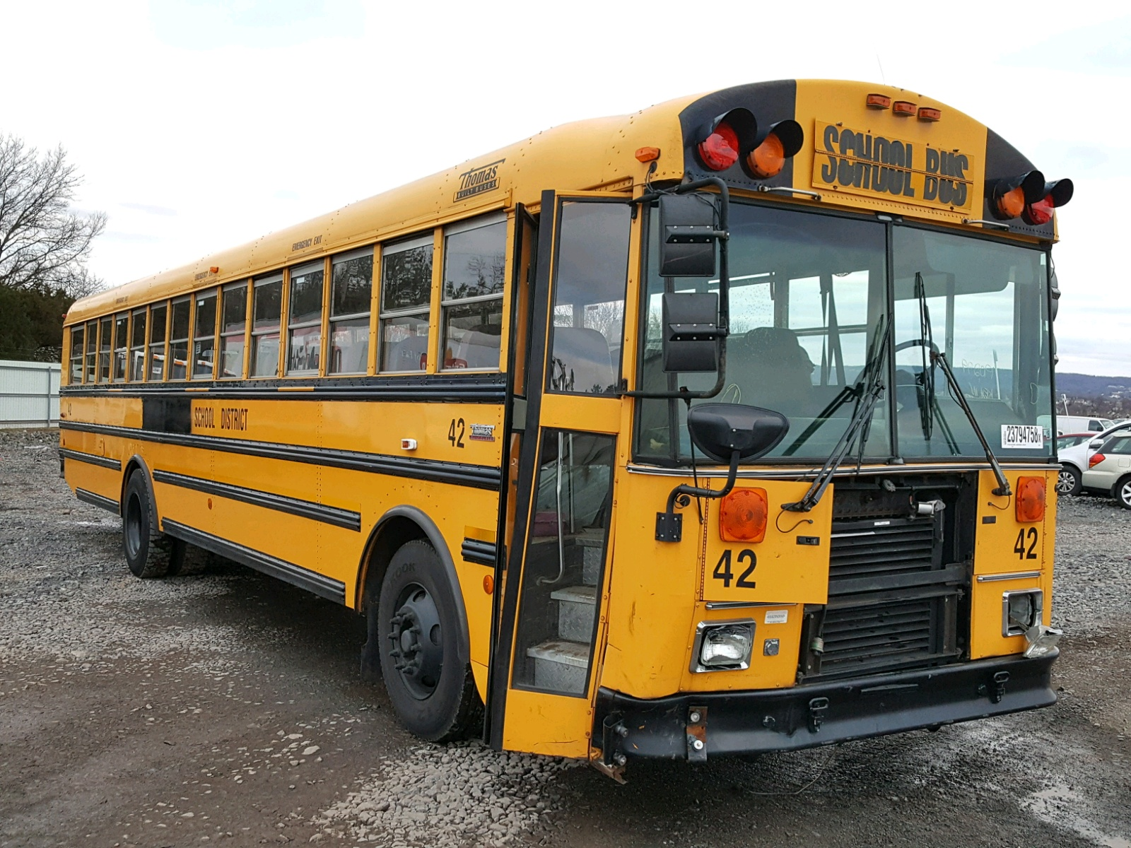 2004 THOMAS SCHOOL BUS 6