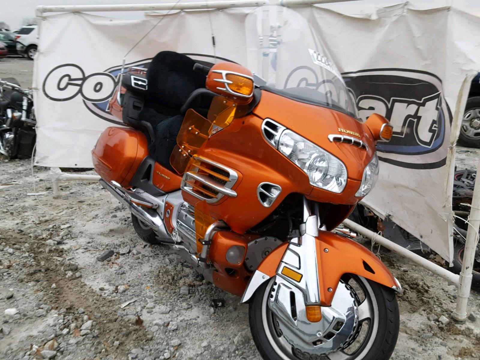 2002 HONDA GL1800 6
