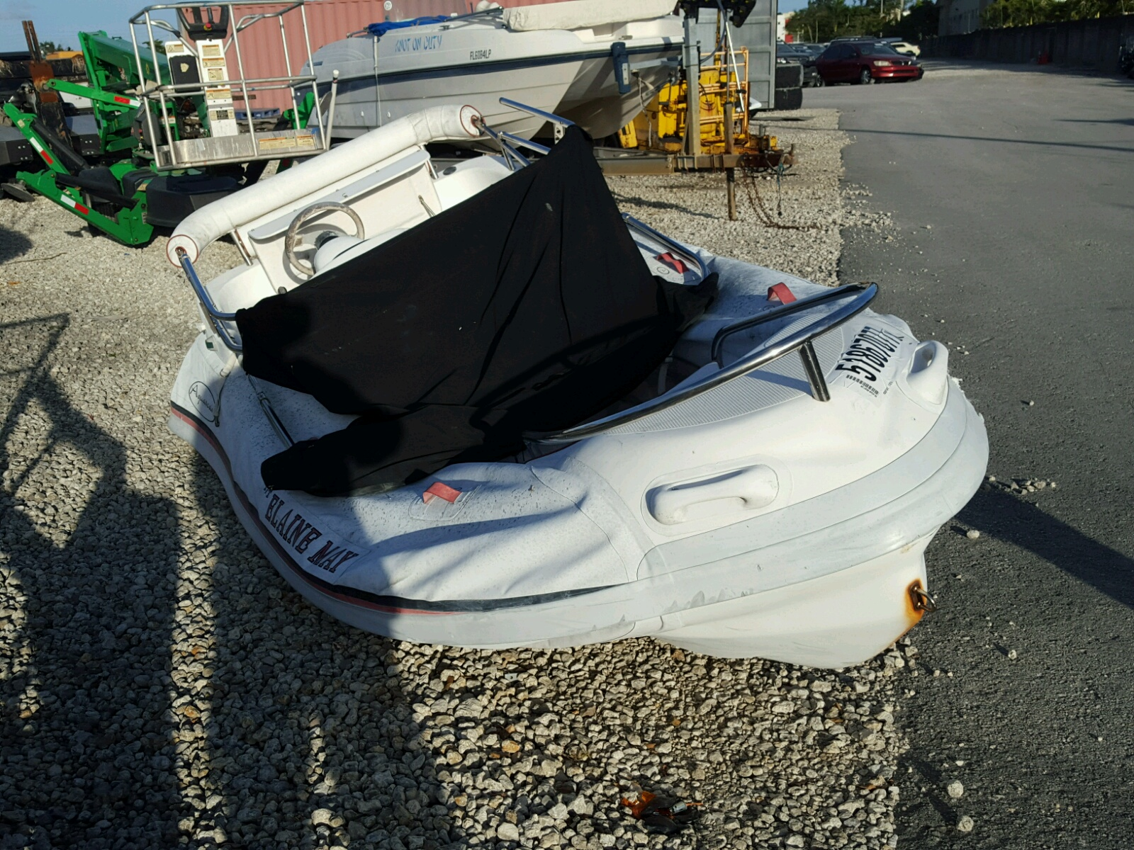 Salvage 2000 Aqab BOAT for sale