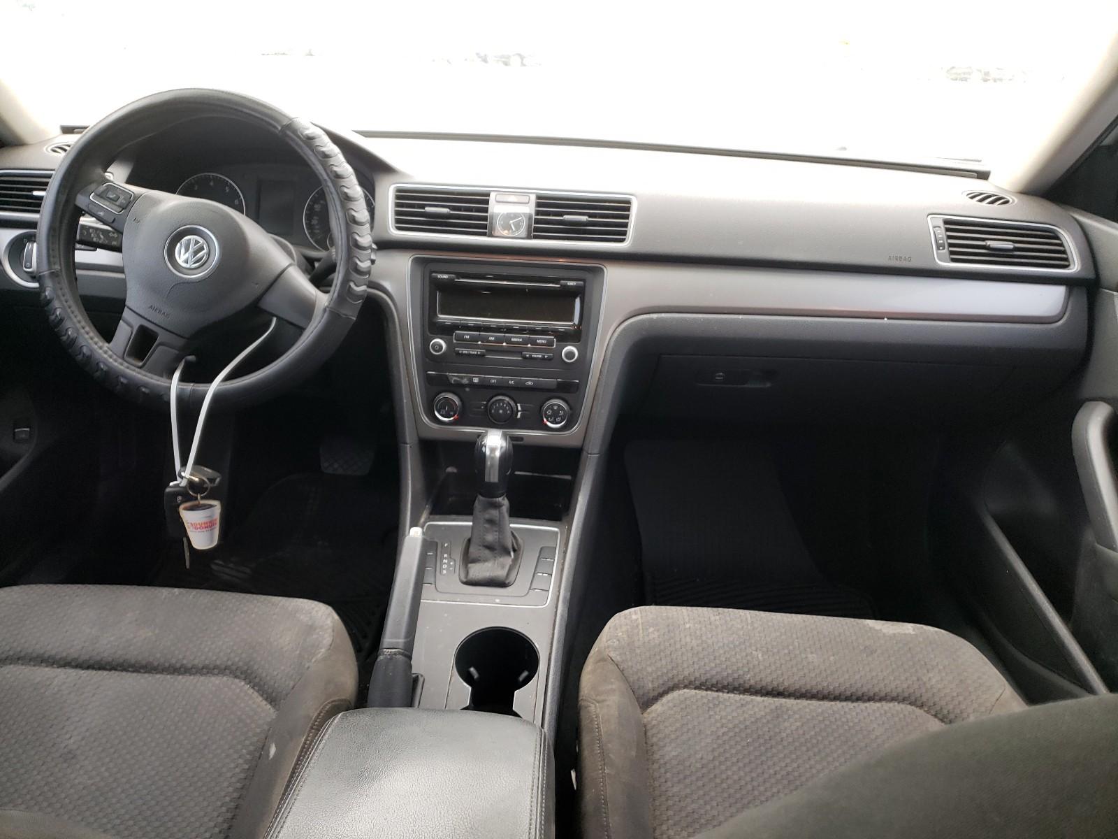 2013 Volkswagen Passat S