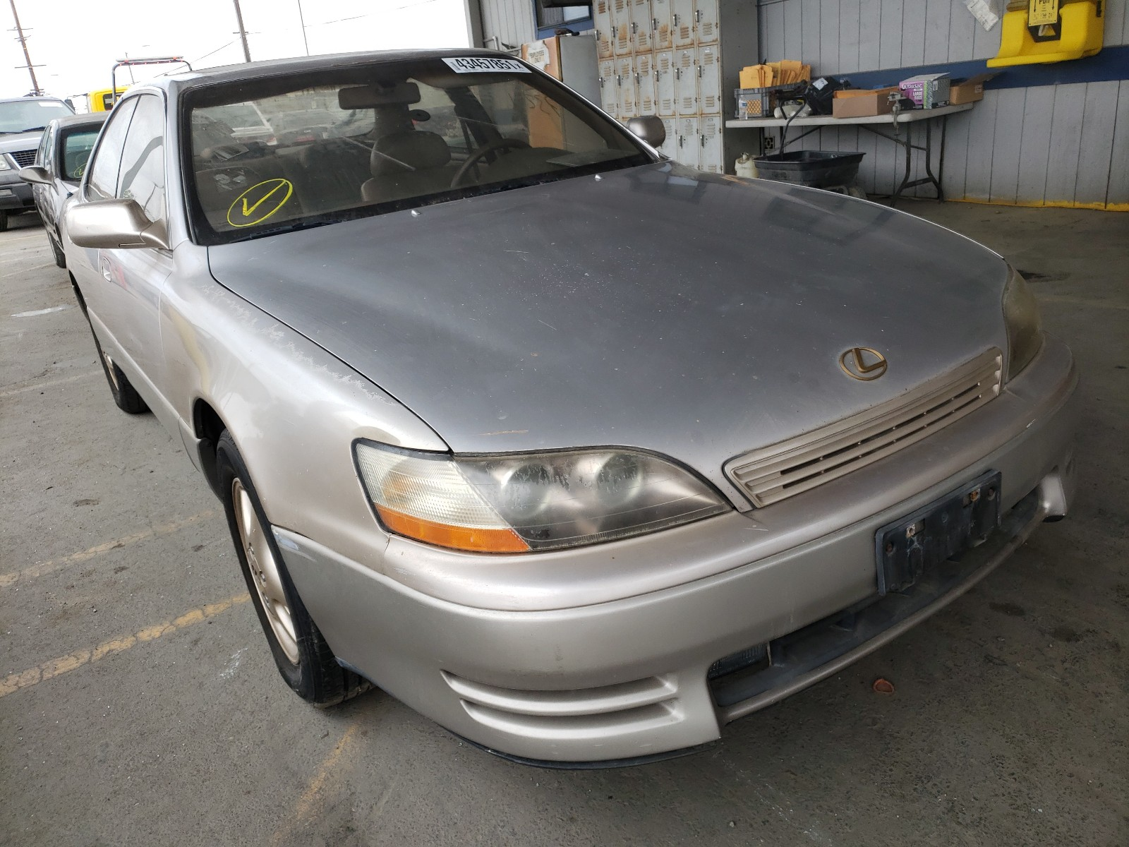 1995 LEXUS ES 300 - JT8GK13T9S0086477