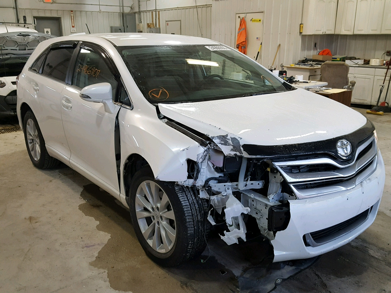 Auto Auction Ended on VIN 4T3BA3BB1EU 2014 TOYOTA VENZA LE in