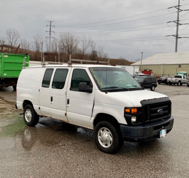 Salvage cars for sale from Copart Columbia Station, OH: 2011 Ford Econoline