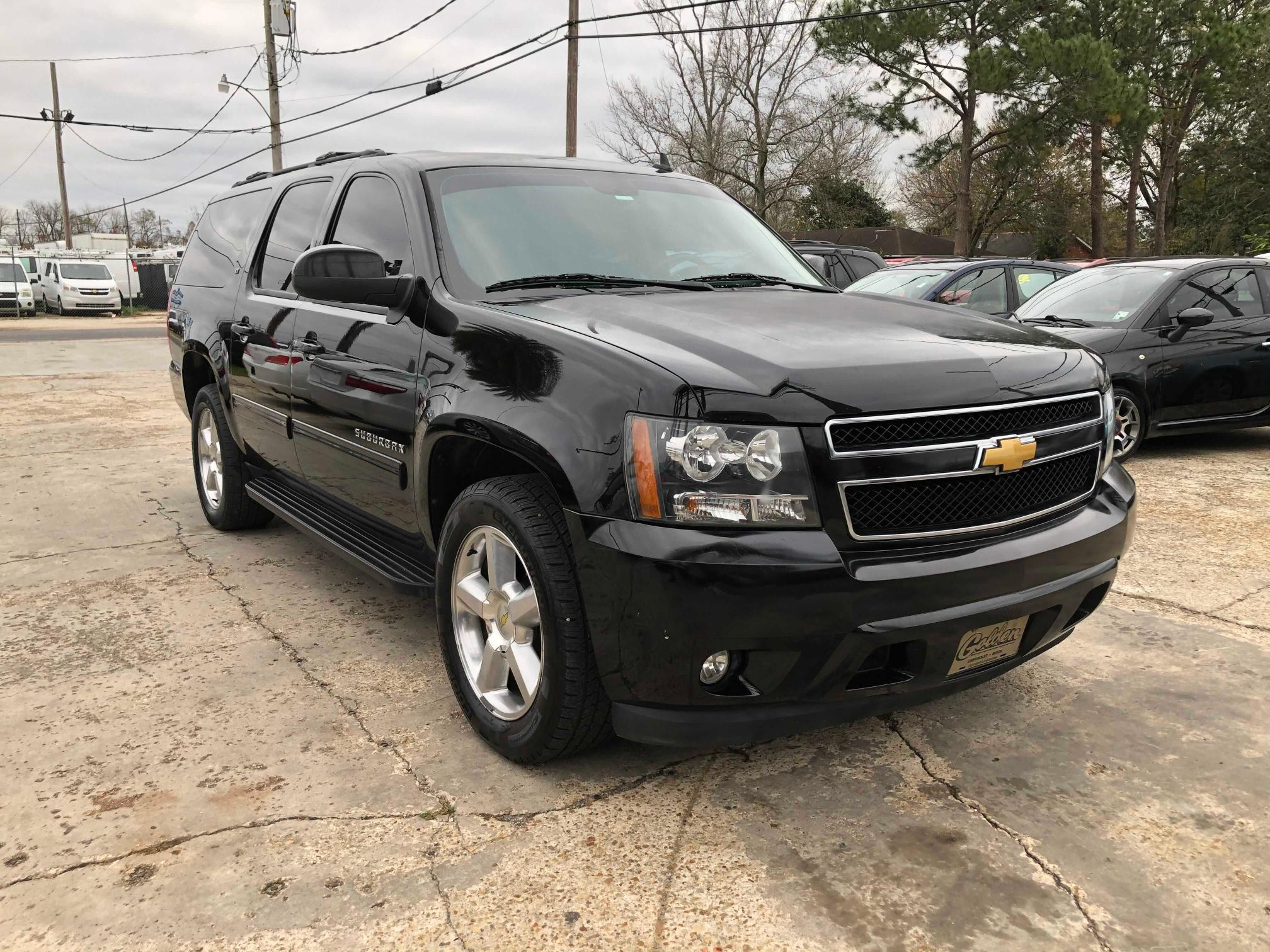 Salvage cars for sale from Copart New Orleans, LA: 2013 Chevrolet Suburban C