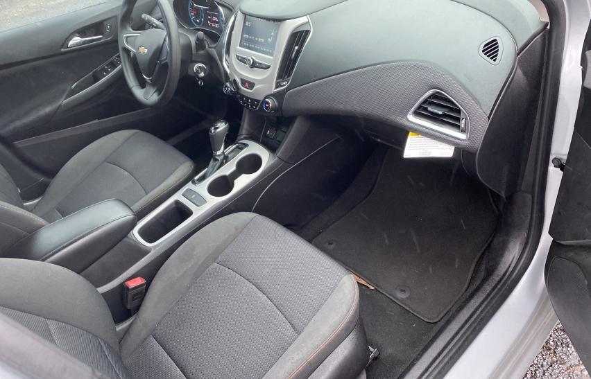 пригнать из сша 2017 Chevrolet Cruze Ls 1.4L 1G1BC5SM3H7110534