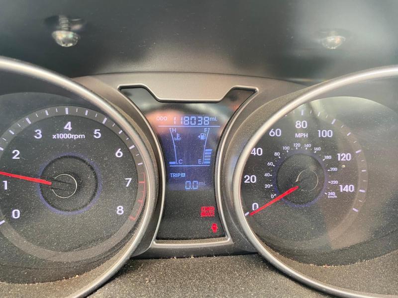 KMHTC6AD0CU049331 2012 Hyundai Veloster 1.6L
