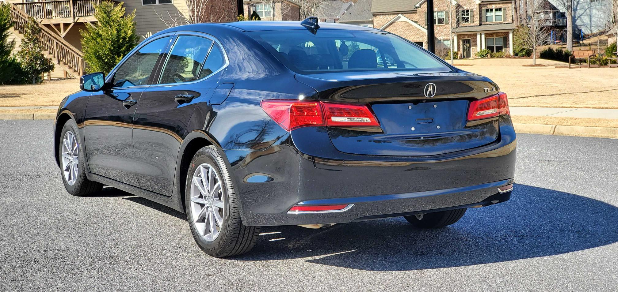 купить 2018 Acura Tlx 2.4L 19UUB1F35JA003105