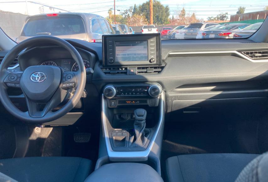 2T3H1RFV7KW024575 2019 Toyota Rav4 Le 2.5L