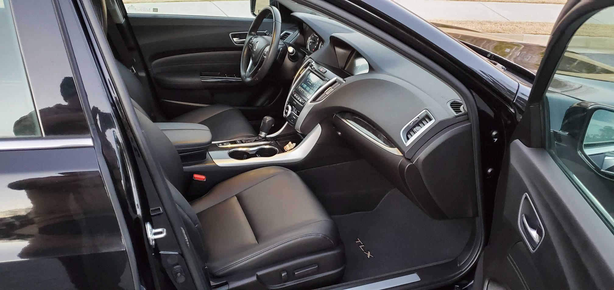пригнать из сша 2018 Acura Tlx 2.4L 19UUB1F35JA003105