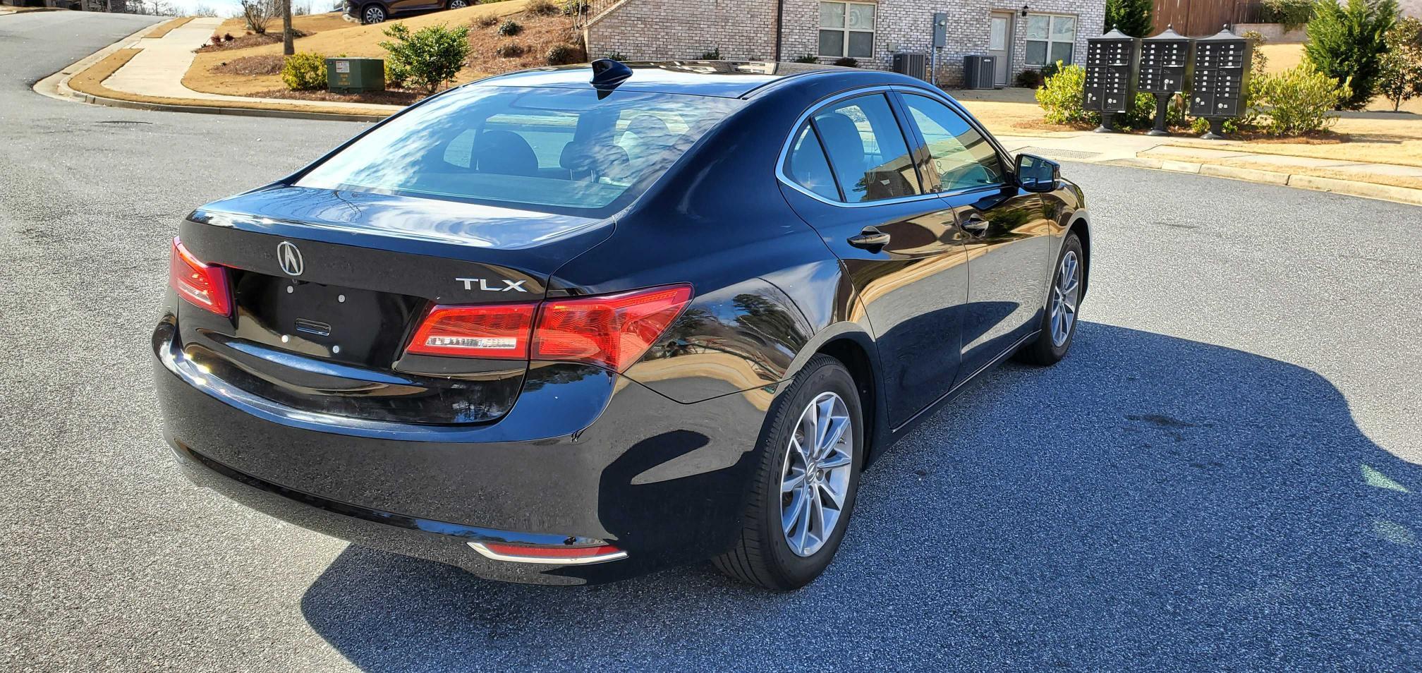 цена в сша 2018 Acura Tlx 2.4L 19UUB1F35JA003105