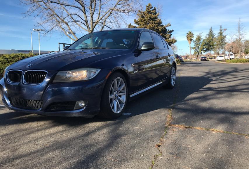 2011 BMW 3 series | Vin: WBAPH5G55BNM75989