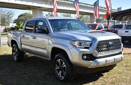 Salvage cars for sale from Copart Homestead, FL: 2019 Toyota Tacoma DOU