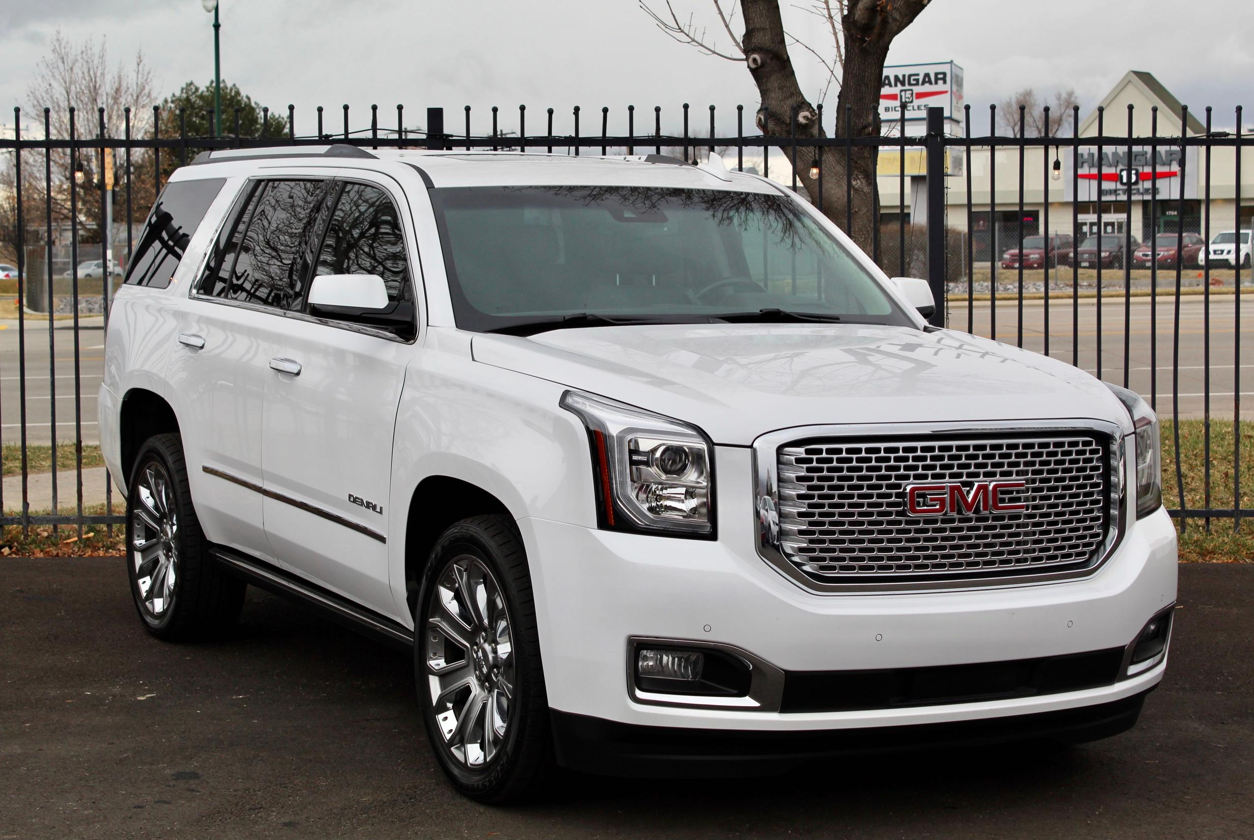 GMC salvage cars for sale: 2016 GMC Yukon Dena