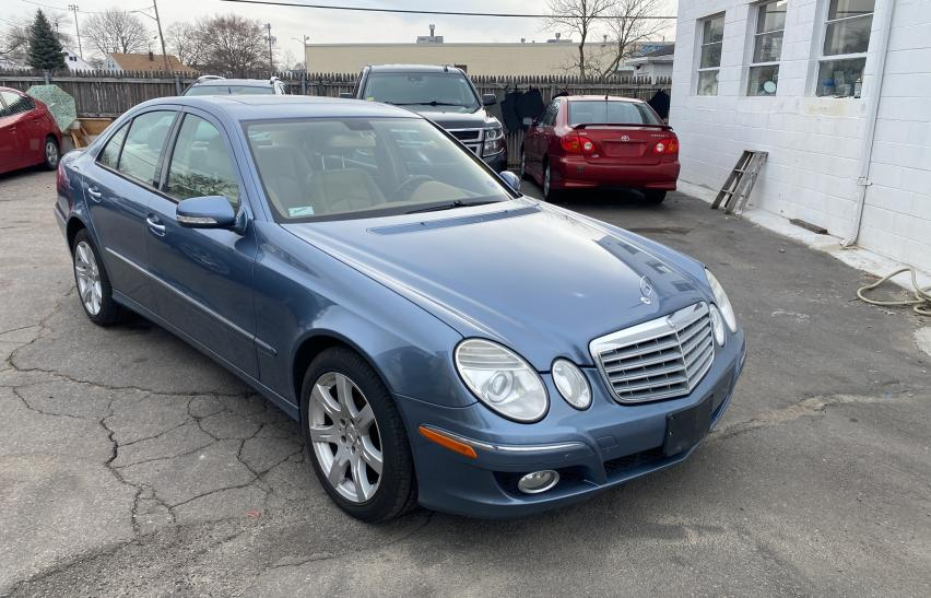 Salvage cars for sale from Copart Mendon, MA: 2007 Mercedes-Benz E 350 4matic