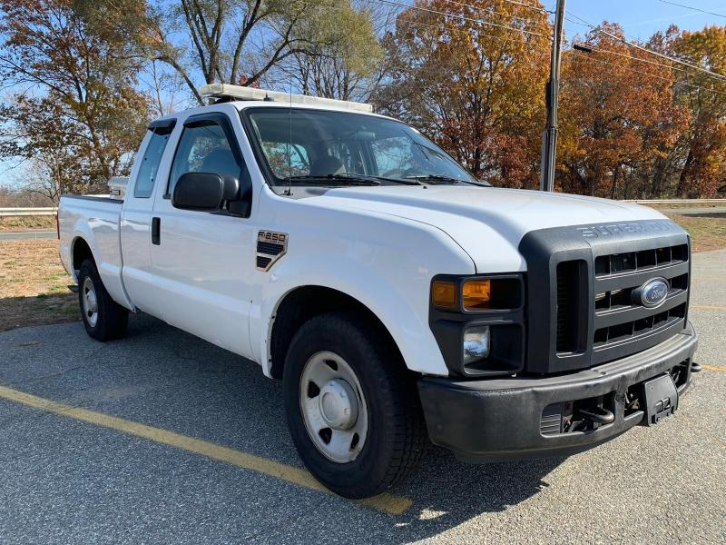 Vehiculos salvage en venta de Copart North Billerica, MA: 2008 Ford F250 Super