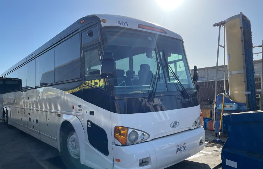 2006 Motor Coach Industries Transit Bus for sale in Martinez, CA