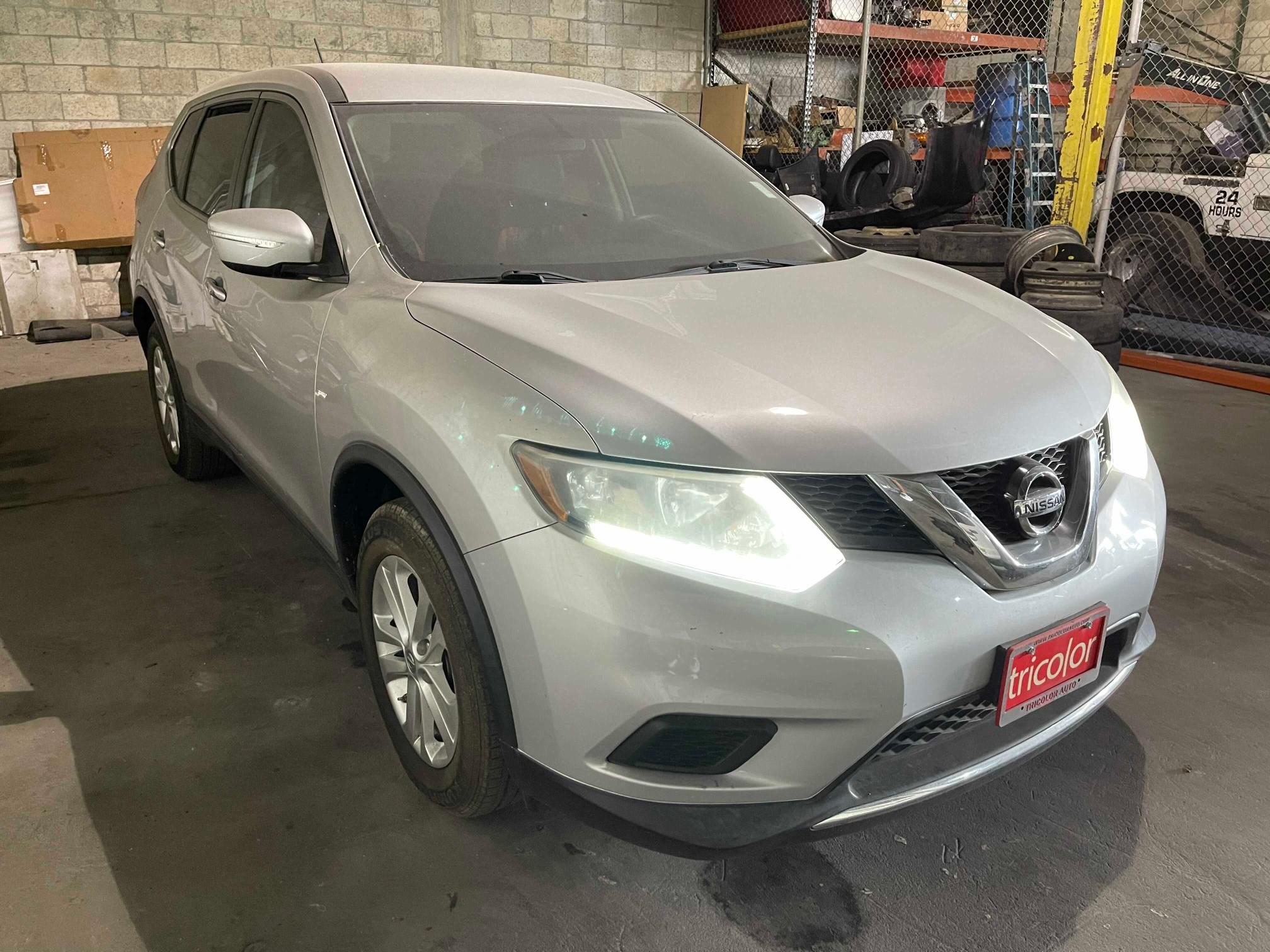 Salvage cars for sale from Copart Homestead, FL: 2015 Nissan Rogue S