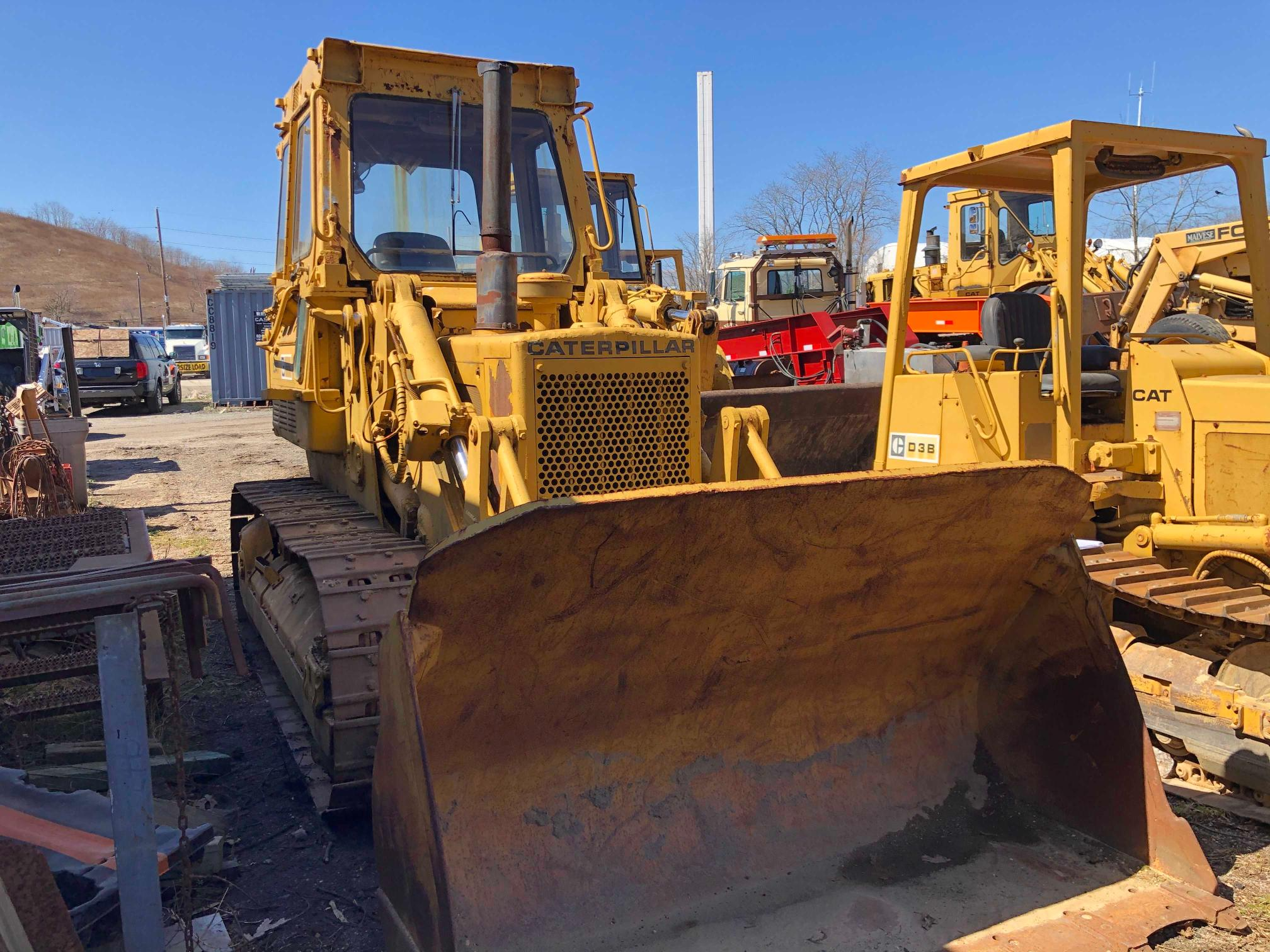 Salvage cars for sale from Copart Brookhaven, NY: 1987 Caterpillar 955L
