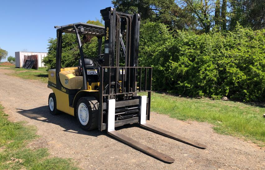 Salvage cars for sale from Copart Sacramento, CA: 2007 Yale Forklift