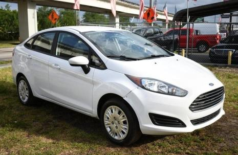 Salvage cars for sale from Copart Homestead, FL: 2019 Ford Fiesta S