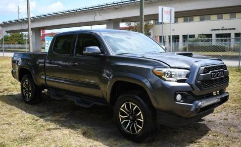 Salvage cars for sale from Copart Homestead, FL: 2020 Toyota Tacoma DOU