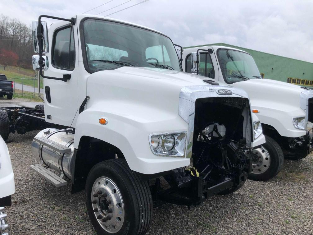 Freightliner 114SD salvage cars for sale: 2017 Freightliner 114SD