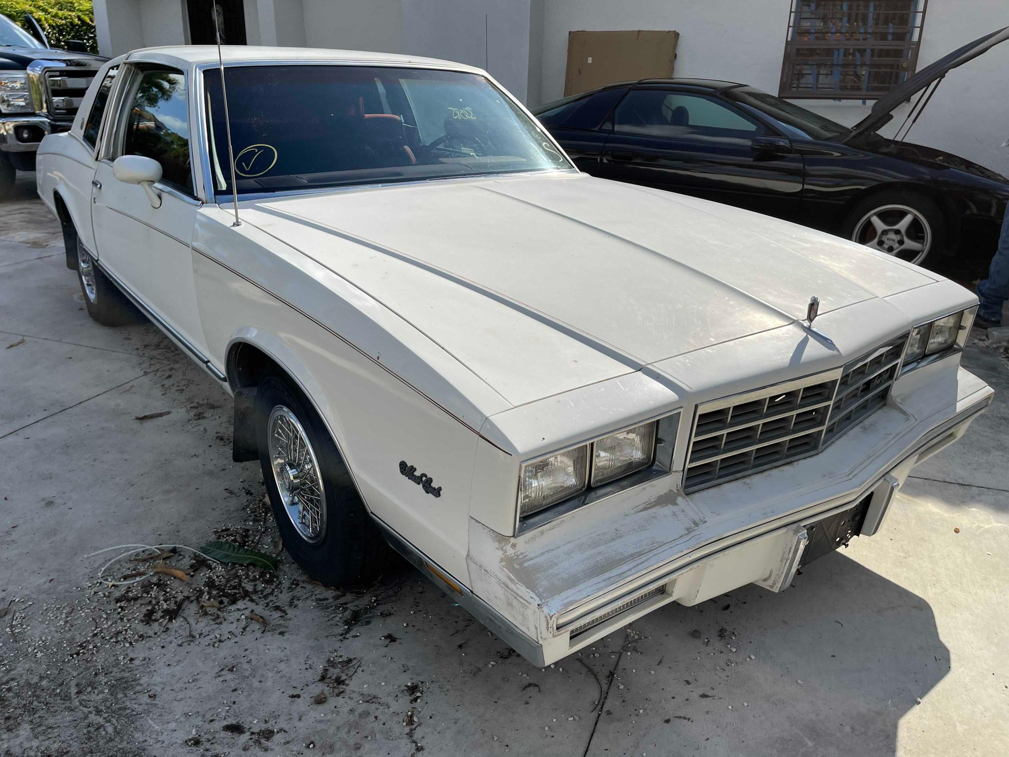 1984 Chevrolet Monte Carl for sale in Opa Locka, FL