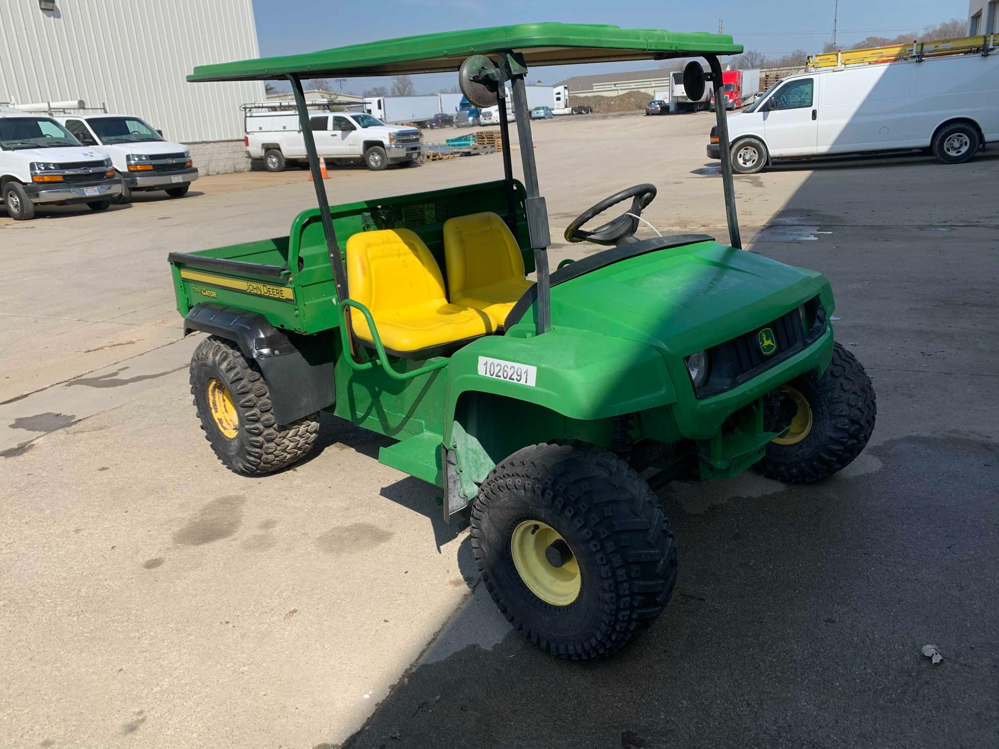 2015 John Deere Gator 4X2 for sale in Columbia Station, OH
