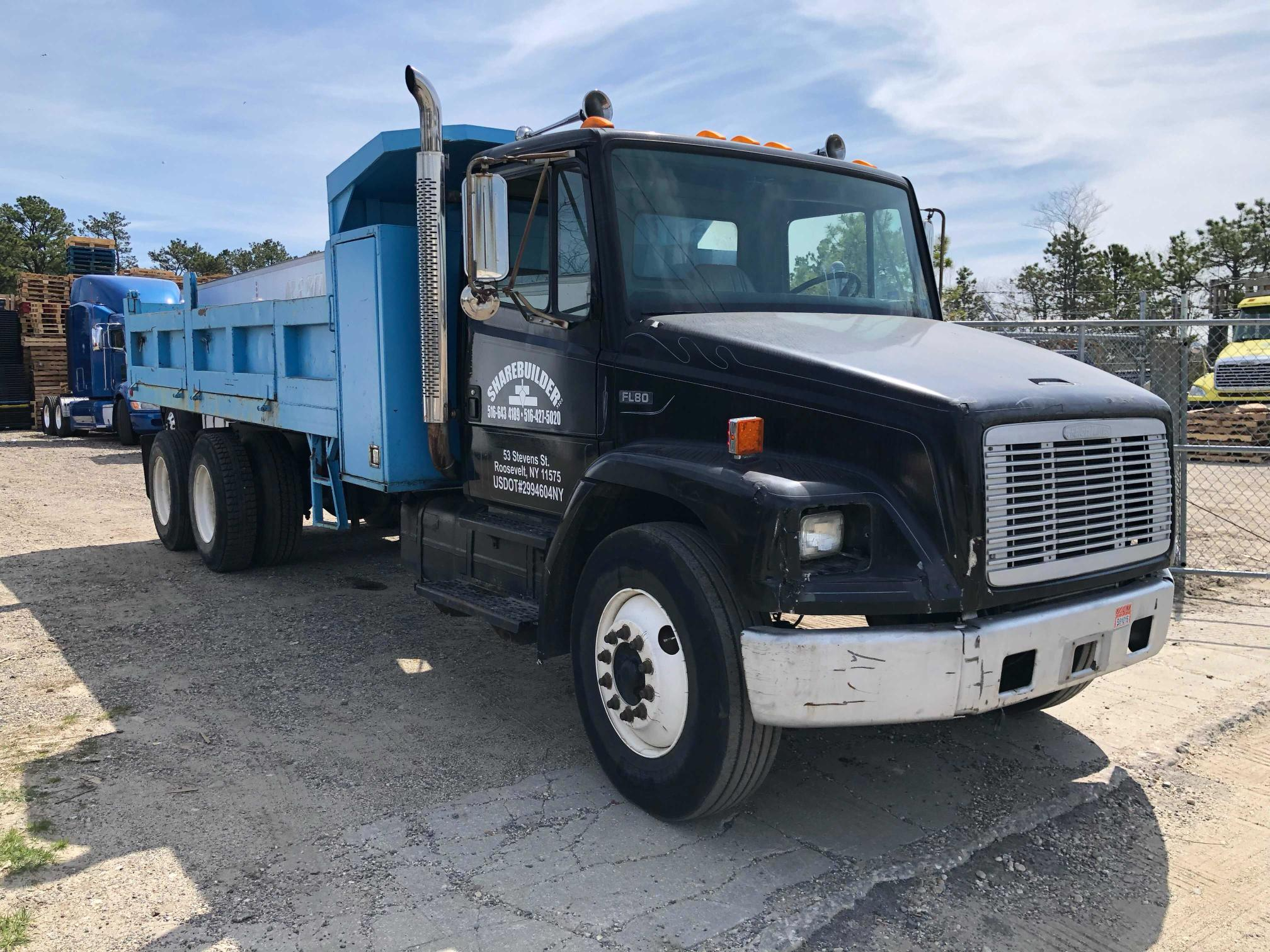 Salvage cars for sale from Copart Brookhaven, NY: 1992 Freightliner Medium CON