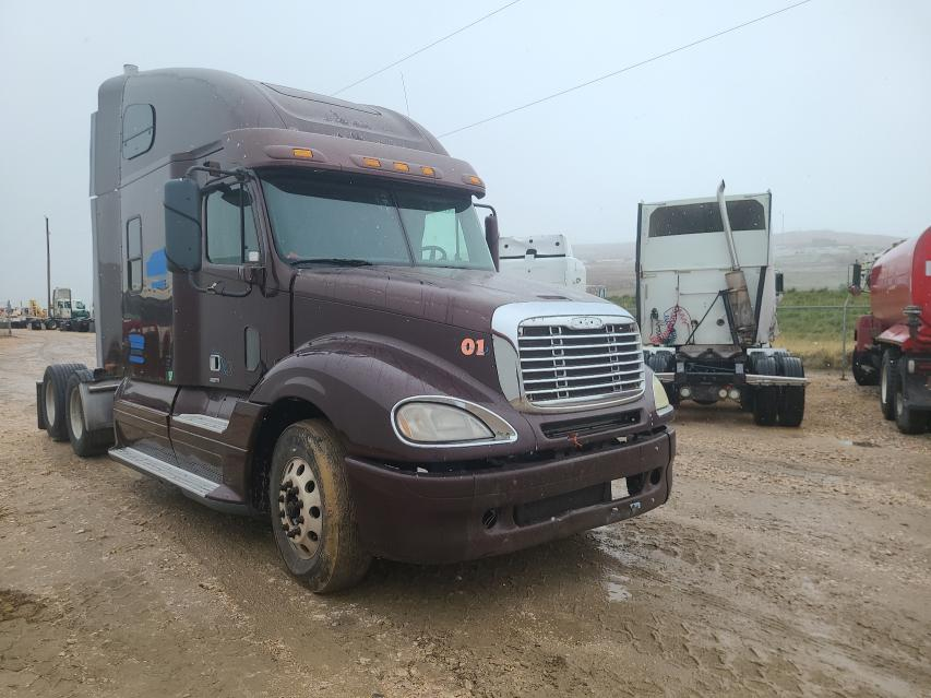 Salvage cars for sale from Copart Farr West, UT: 2006 Freightliner Convention