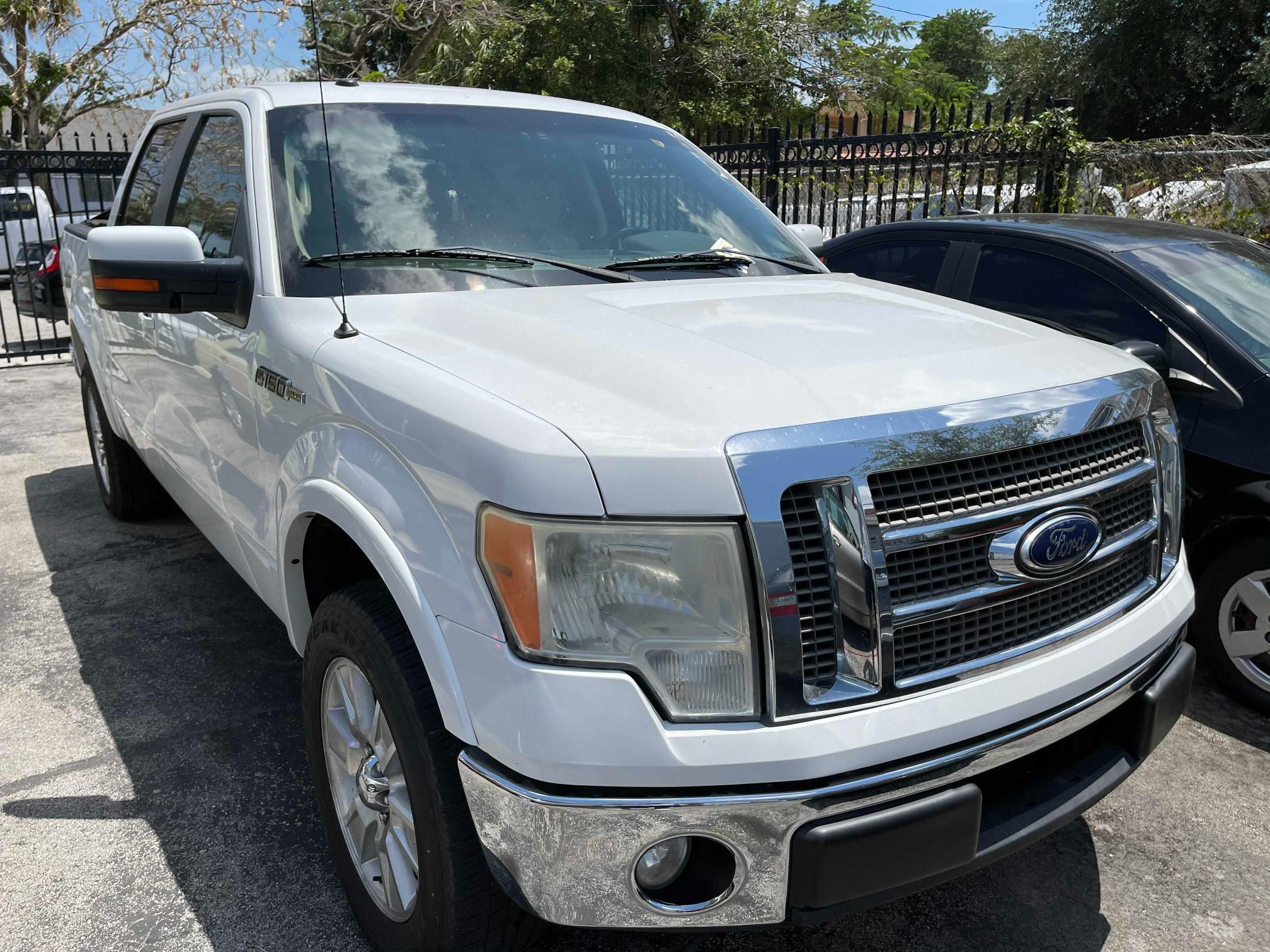 Salvage cars for sale from Copart Opa Locka, FL: 2010 Ford F150 Super
