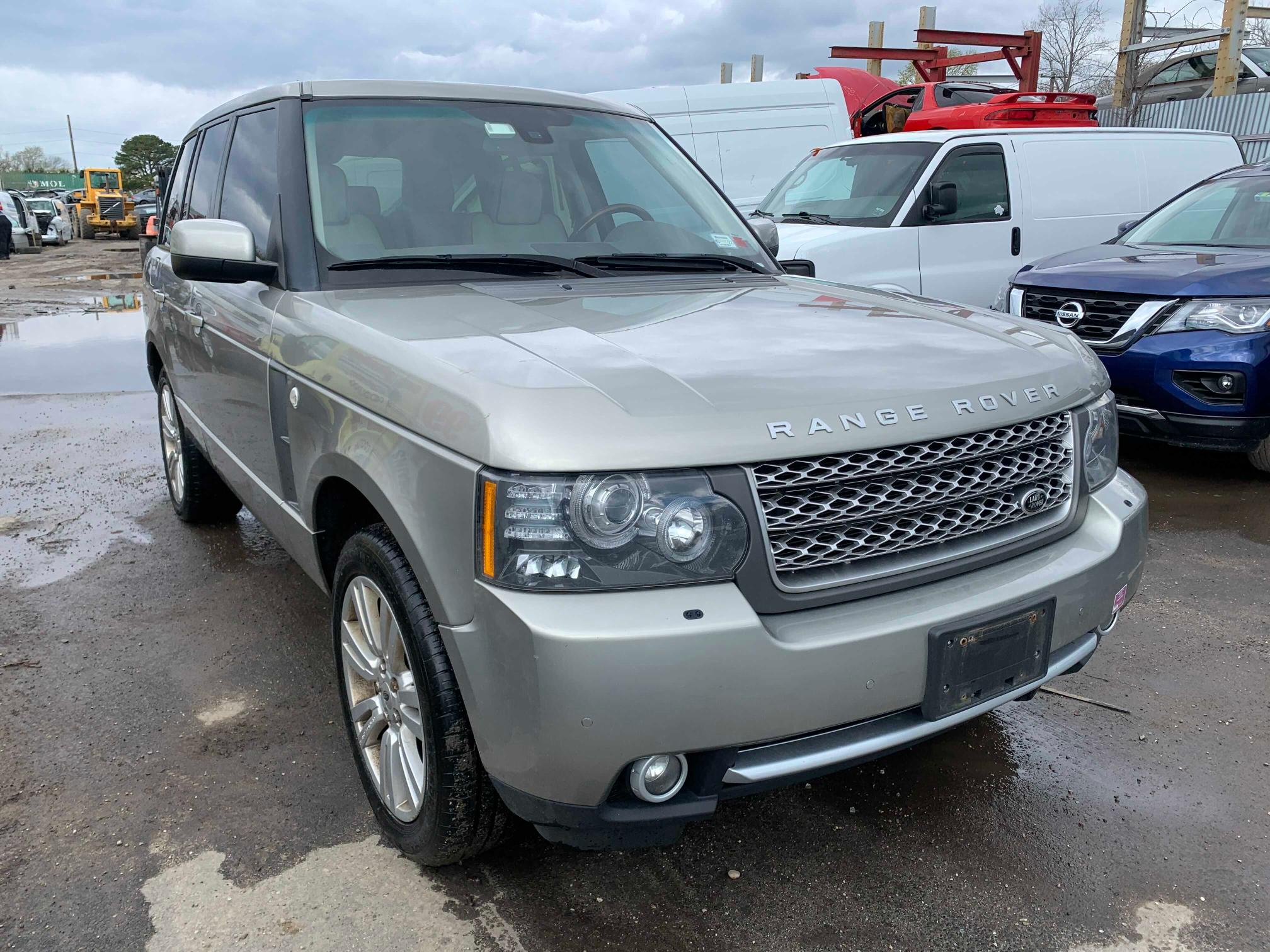 Salvage cars for sale from Copart Brookhaven, NY: 2010 Land Rover Range Rover