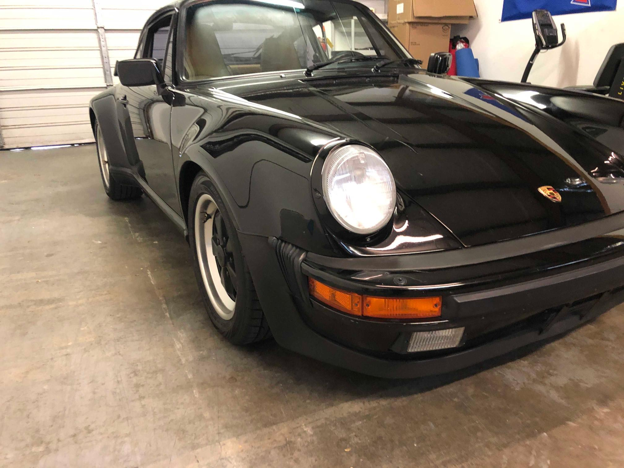Salvage cars for sale from Copart Gainesville, GA: 1988 Porsche 911