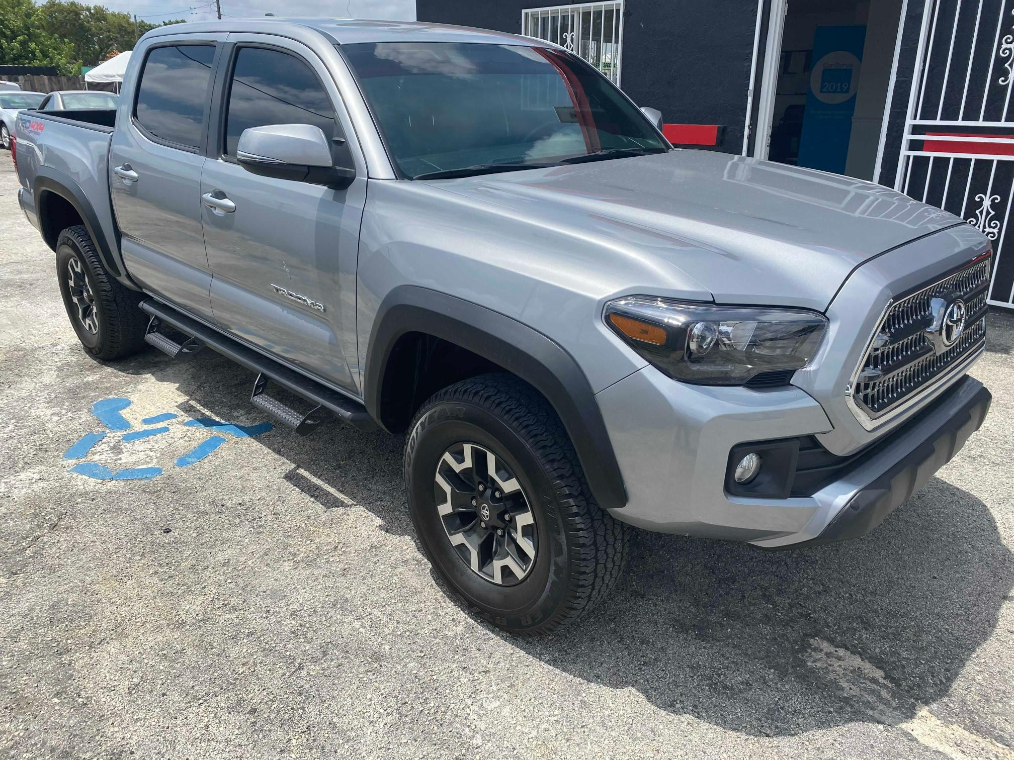 Salvage cars for sale from Copart Homestead, FL: 2017 Toyota Tacoma DOU
