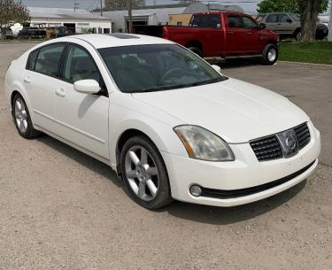 Salvage cars for sale from Copart Columbus, OH: 2006 Nissan Maxima SE