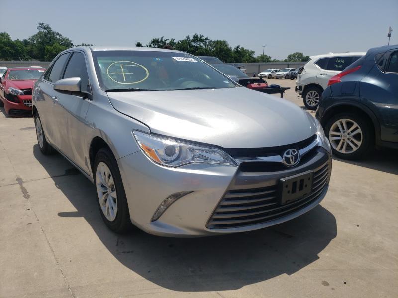 Vehiculos salvage en venta de Copart Wilmer, TX: 2017 Toyota Camry LE
