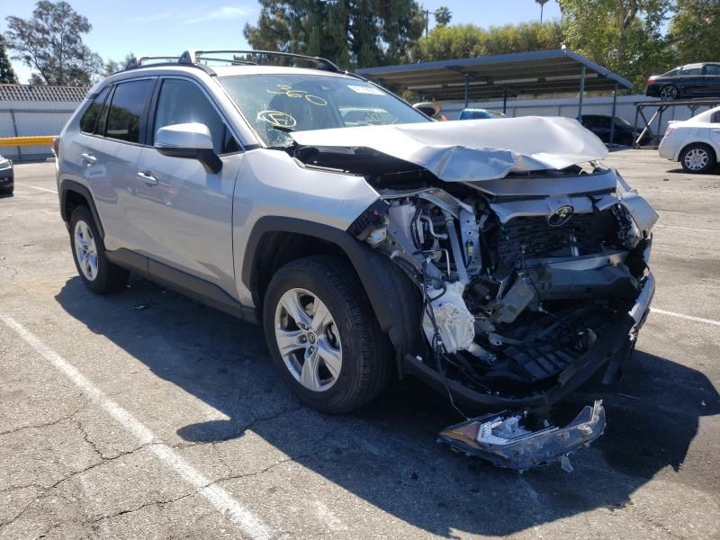 Salvage cars for sale from Copart Van Nuys, CA: 2019 Toyota Rav4 XLE