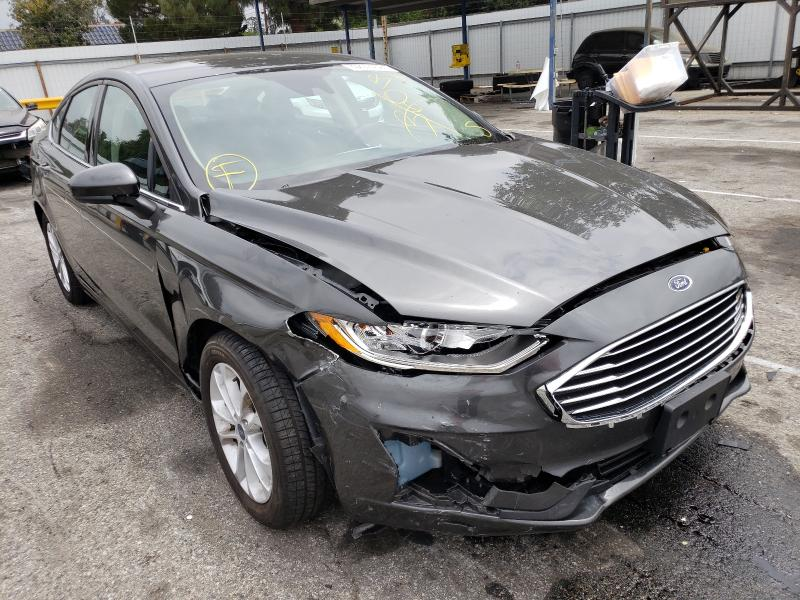 Salvage cars for sale from Copart Van Nuys, CA: 2020 Ford Fusion SE