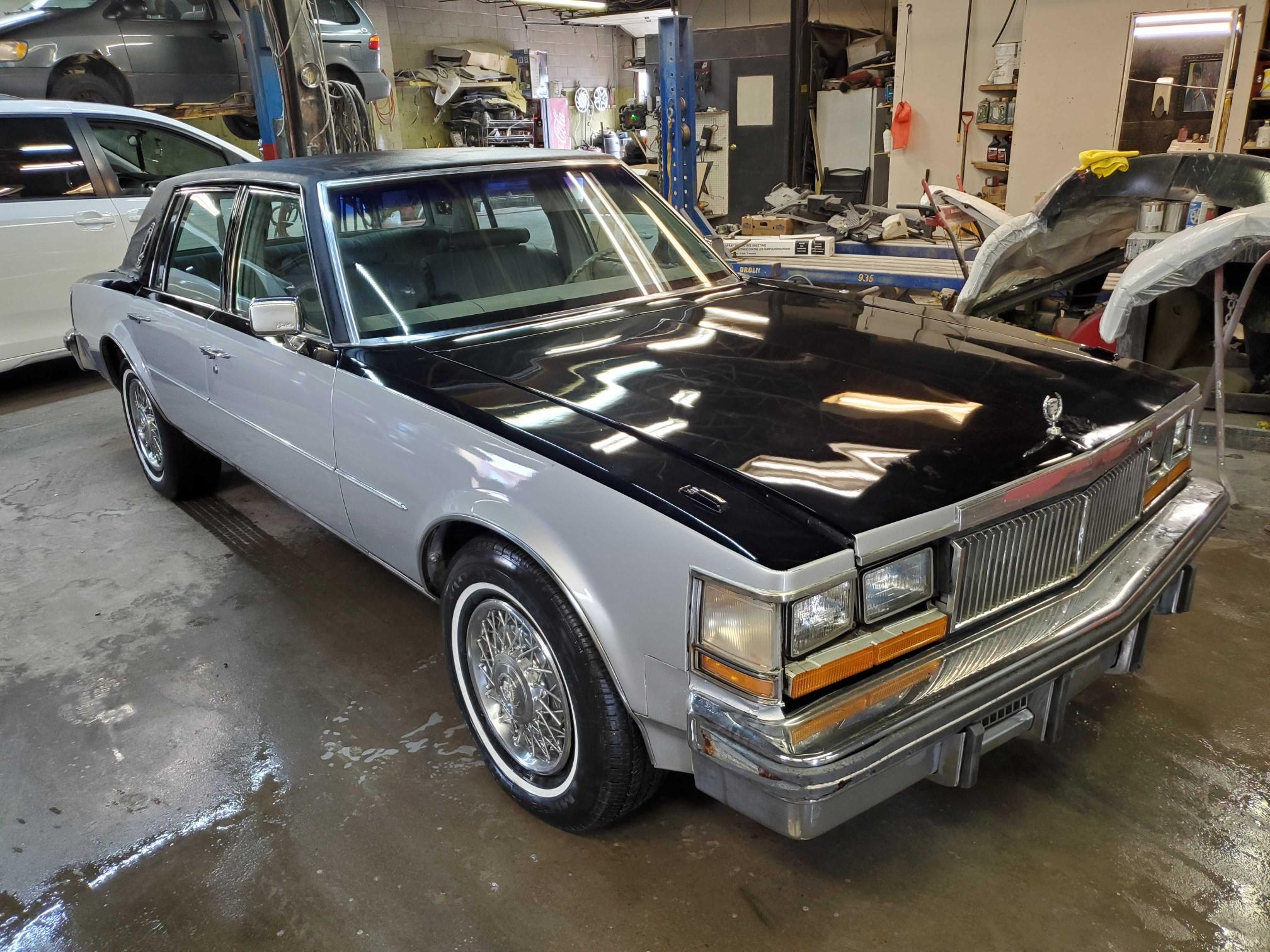 Salvage cars for sale from Copart Montreal Est, QC: 1978 Cadillac Seville