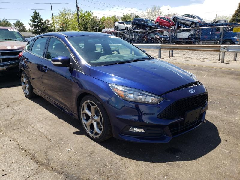 Salvage 2017 FORD FOCUS - Small image. Lot 43988561