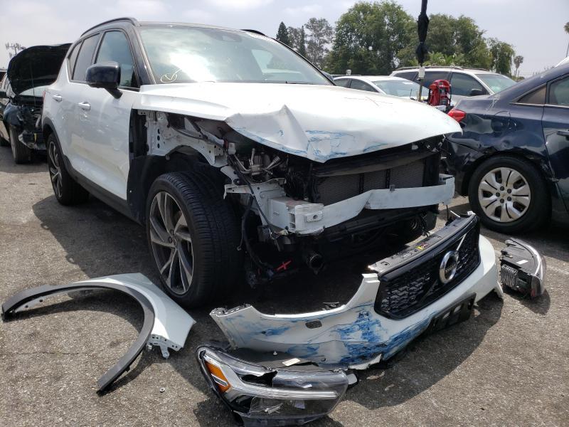 Volvo Vehiculos salvage en venta: 2019 Volvo XC40 T5 MO