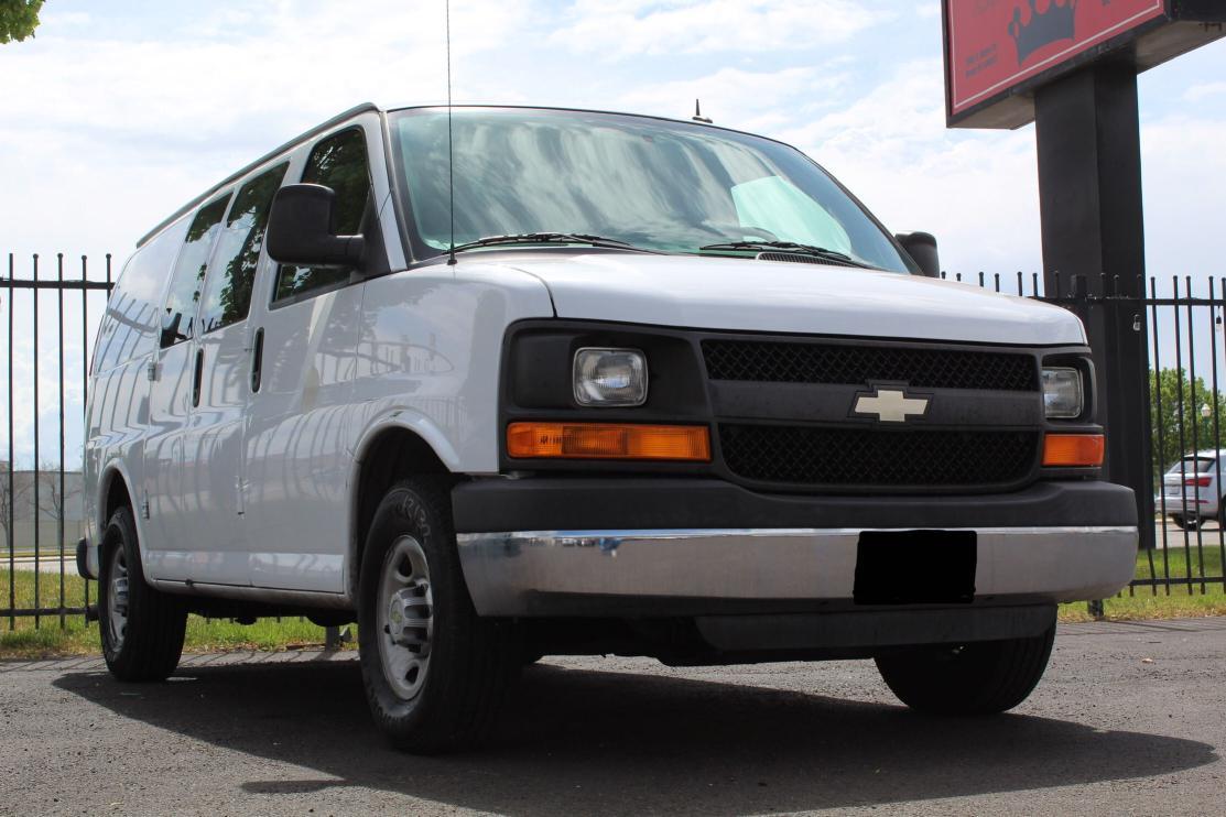 2014 Chevrolet Express G2 for sale in Magna, UT