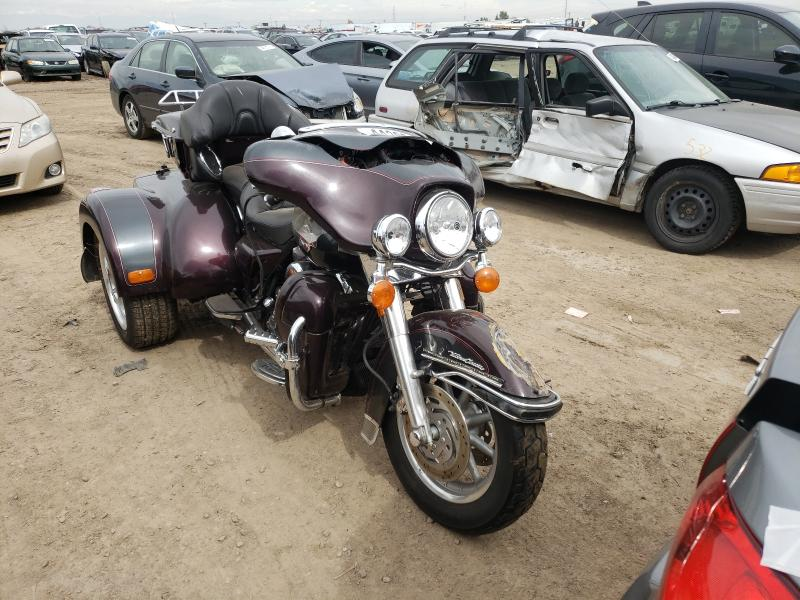 Salvage cars for sale from Copart Brighton, CO: 2006 Harley-Davidson Flhtcui