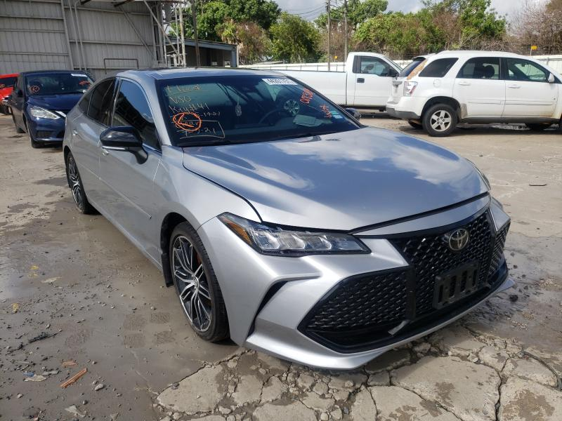 Salvage cars for sale from Copart Corpus Christi, TX: 2019 Toyota Avalon XLE