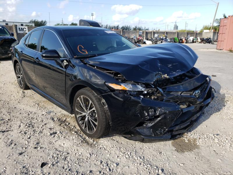 Salvage cars for sale from Copart Opa Locka, FL: 2020 Toyota Camry SE