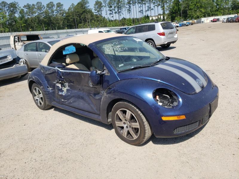 Volkswagen salvage cars for sale: 2007 Volkswagen New Beetle